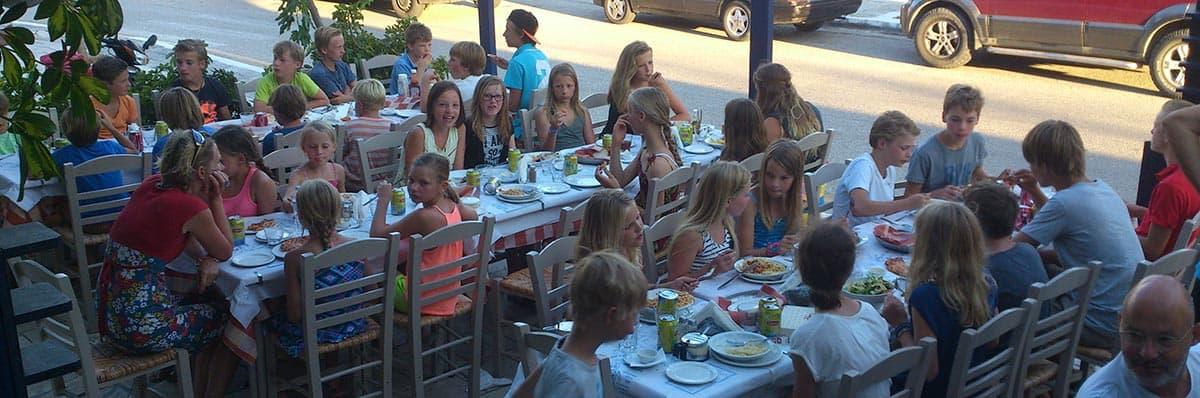 Pasta en pizza met 35 kinderen, 29 juli 2014