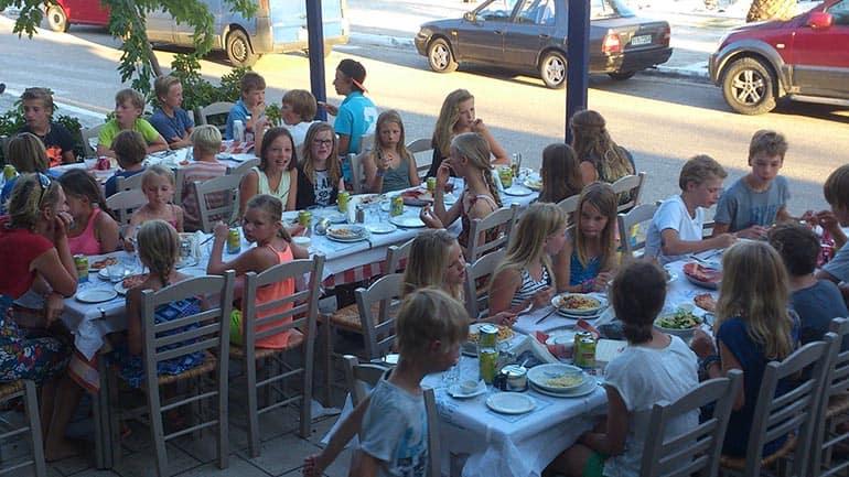 Pasta en Pizza met 35 kinderen