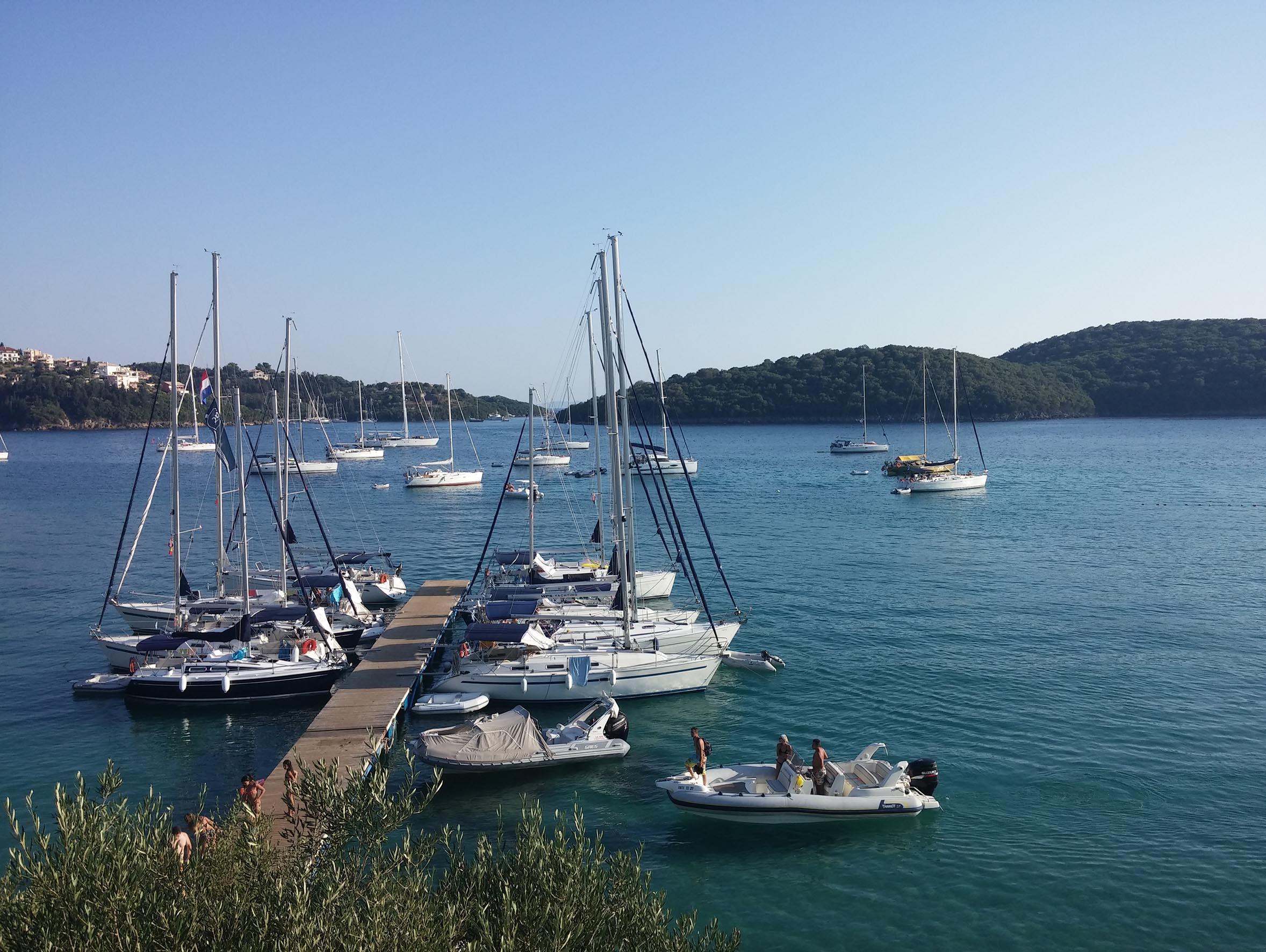Sivota uitzicht op baai