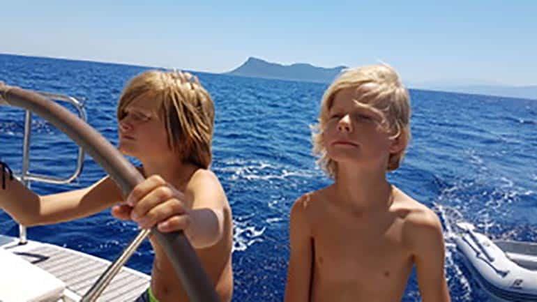 Joppe op de boot